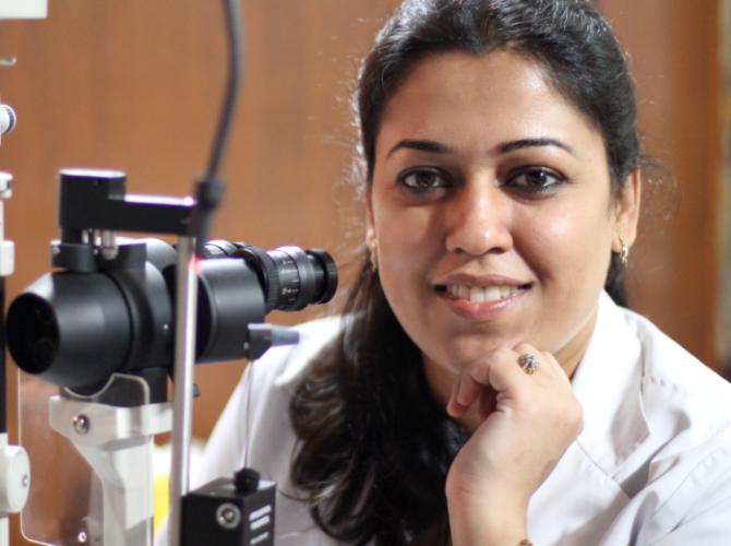 Dr Rasheena Bansal
